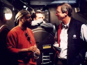 Staffel 3, Episode 19: Beschädigungen (Damage) - LeVar Burton auf dem Set von Enterprise während der Überschneidung zur nächsten Episode